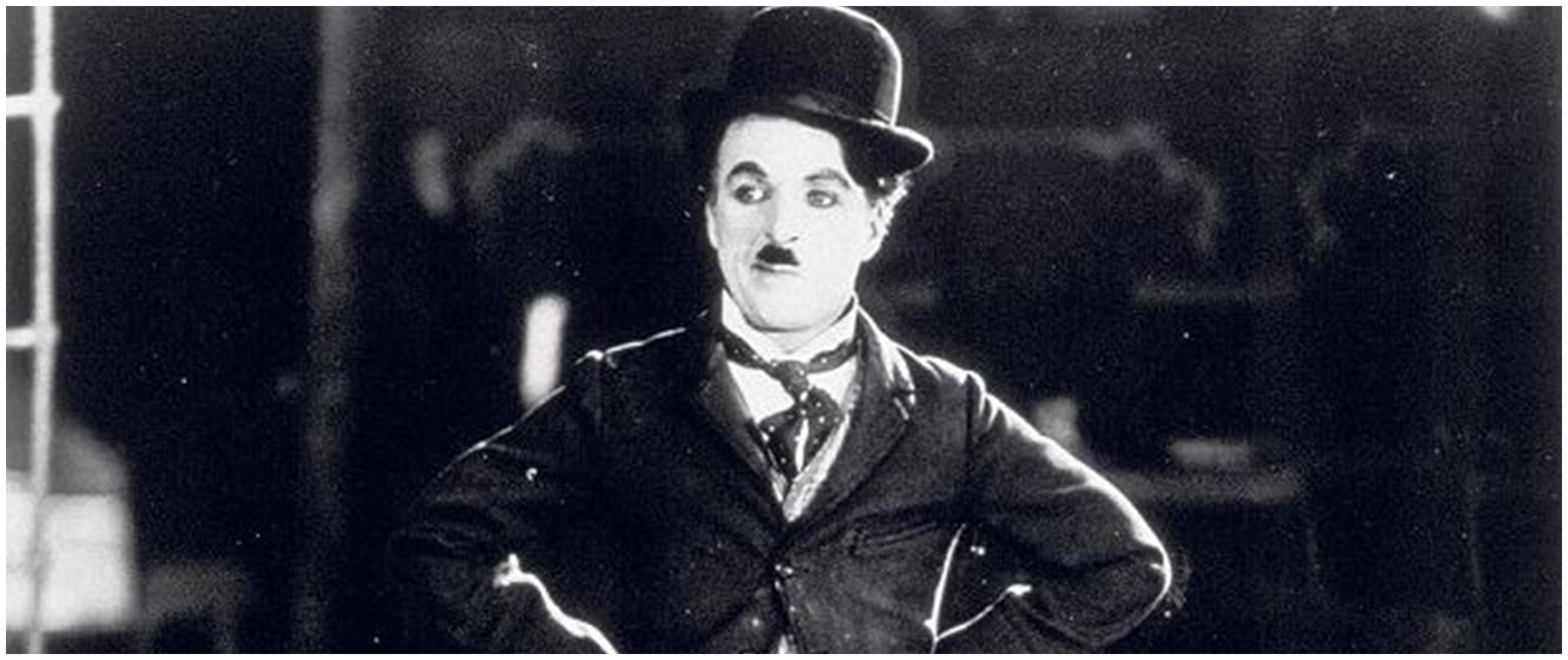 33 Kata-kata quote Charlie Chaplin, bikin hidup lebih positif