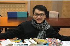 Imbalan Rp 2 miliar bagi pembasmi virus Corona dari Jackie Chan