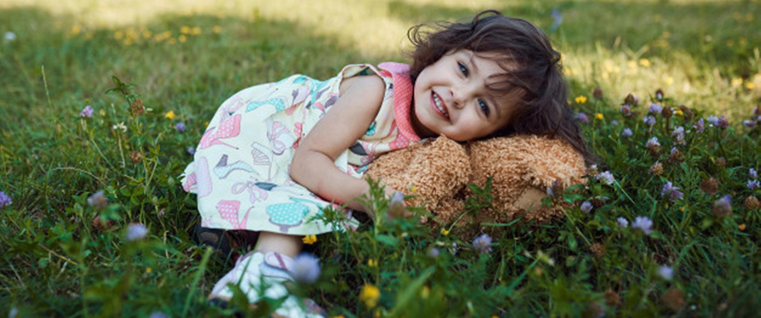 100 Nama bayi perempuan bermakna permata