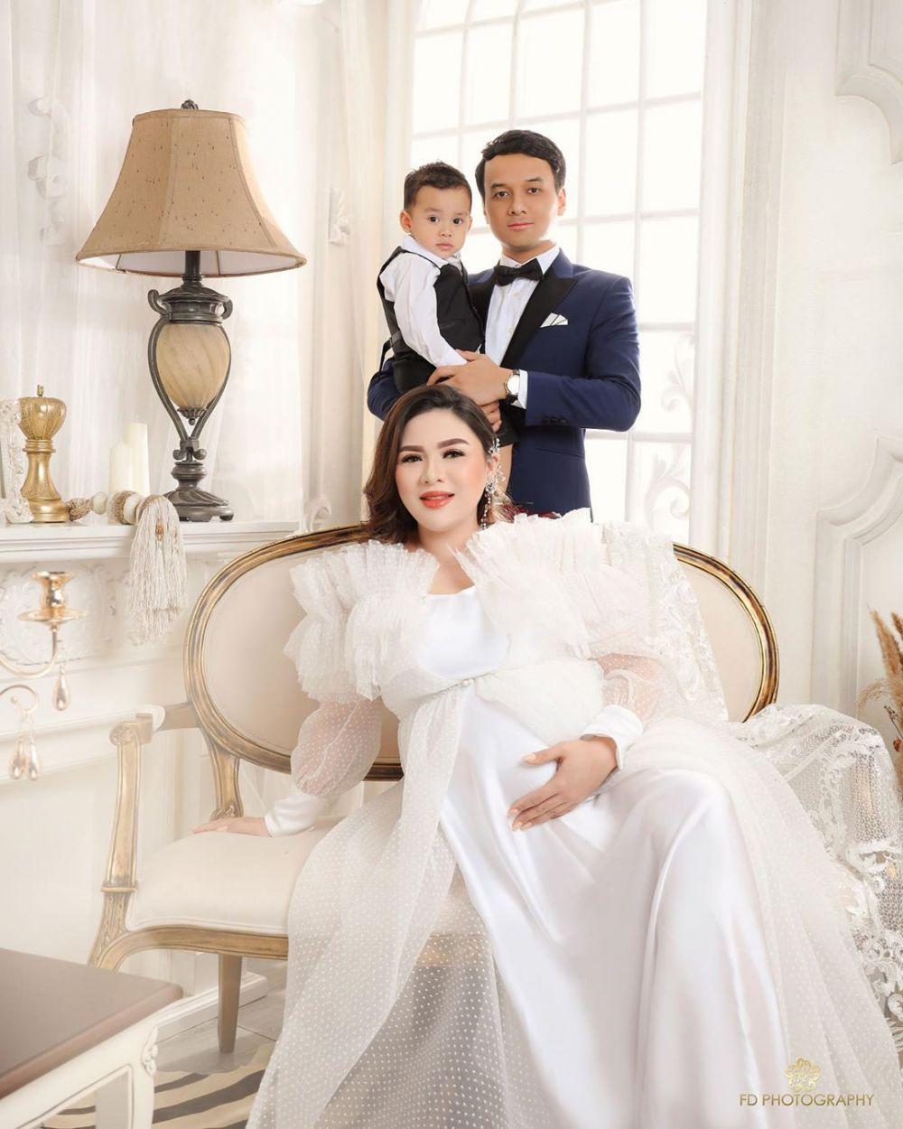 maternity anak kedua Vicky Shu instagram