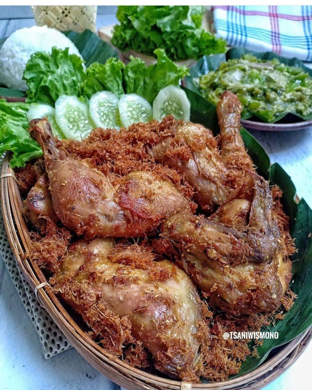 Resep ayam goreng gurih Instagram/@foodishpedia ; @resepmasakannusantara__