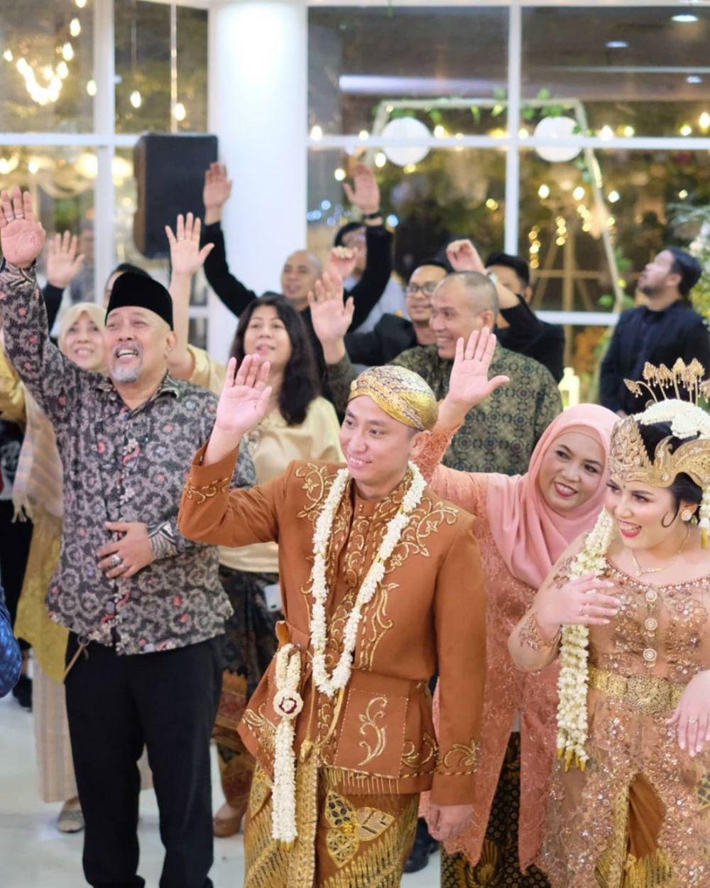 Indro hadiri nikahan anak Dono 'Warkop' berbagai sumber