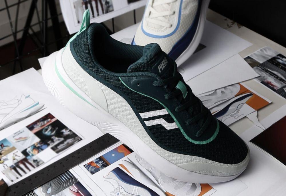 Piero Sneakers © 2020 brilio.net