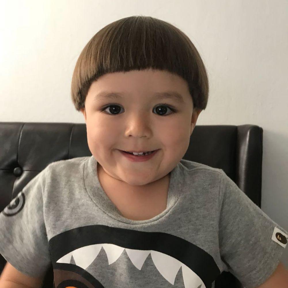 Selain Kiano Tiger Wong, model rambut 6 anak seleb ini ...