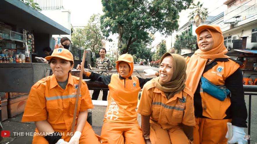ashanty petugas orange © 2020 brilio.net