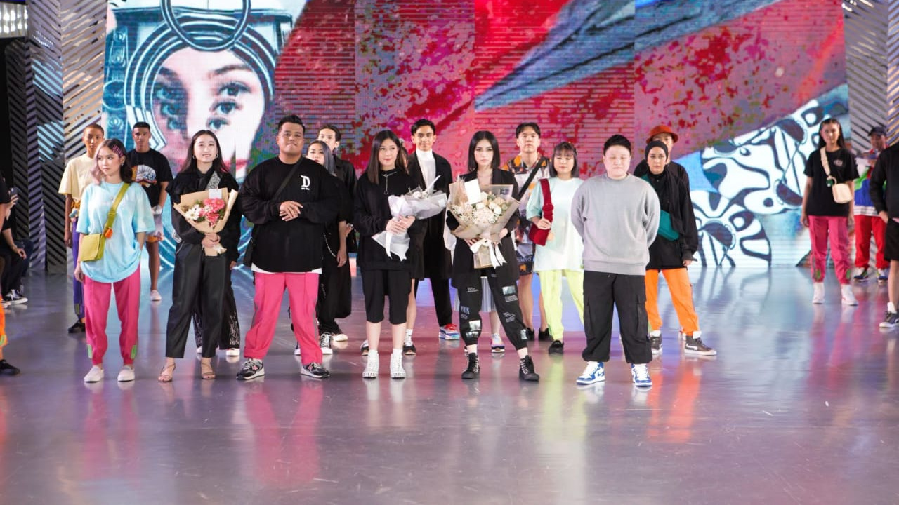 Tiga era tiga tema Urban Sneaker Society di Fashion Nation 2020