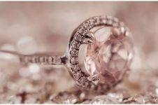 Cara membersihkan perhiasan agar tetap aman dari virus Corona