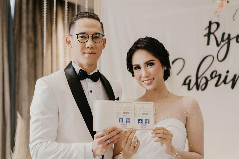 8 Beda gaya pemain timnas di hari pernikahan, terbaru Syamsir Alam Instagram