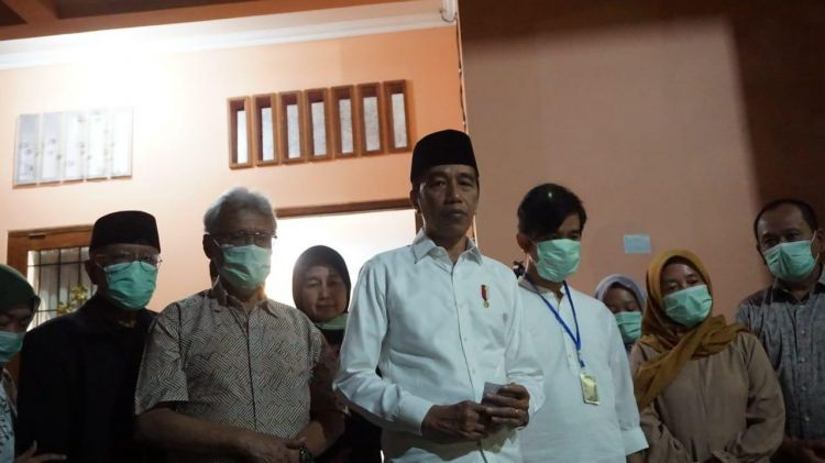Jokowi larang menteri takziah ke Solo, demi cegah Corona