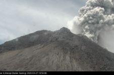 Gunung Merapi kembali erupsi, tinggi kolom capai 5.000 meter