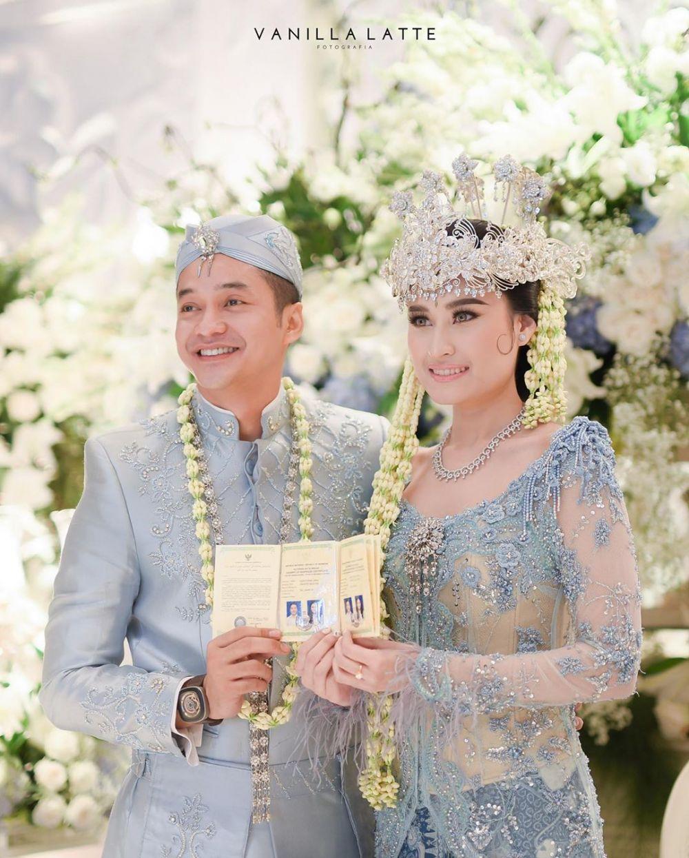 Momen pernikahan Adly Fairuz & Angbeen Rishi  Instagram