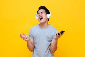 5 Trik hangout bareng teman tapi #DiRumahSaja asal ada kuota internet
