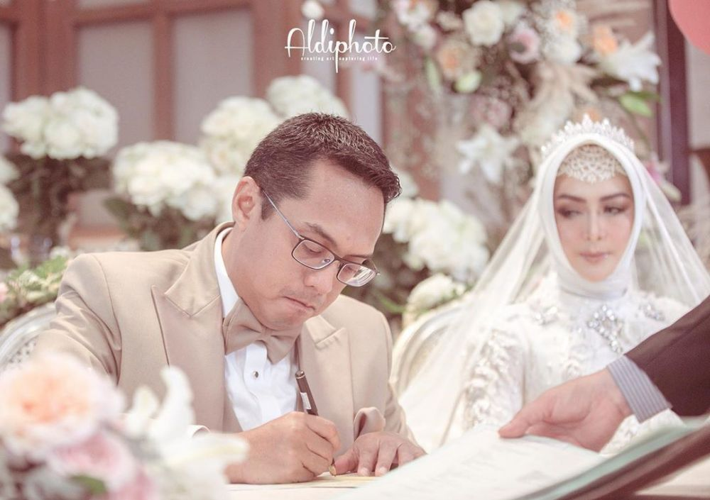 Momen pernikahan Eddies Adelia Instagram
