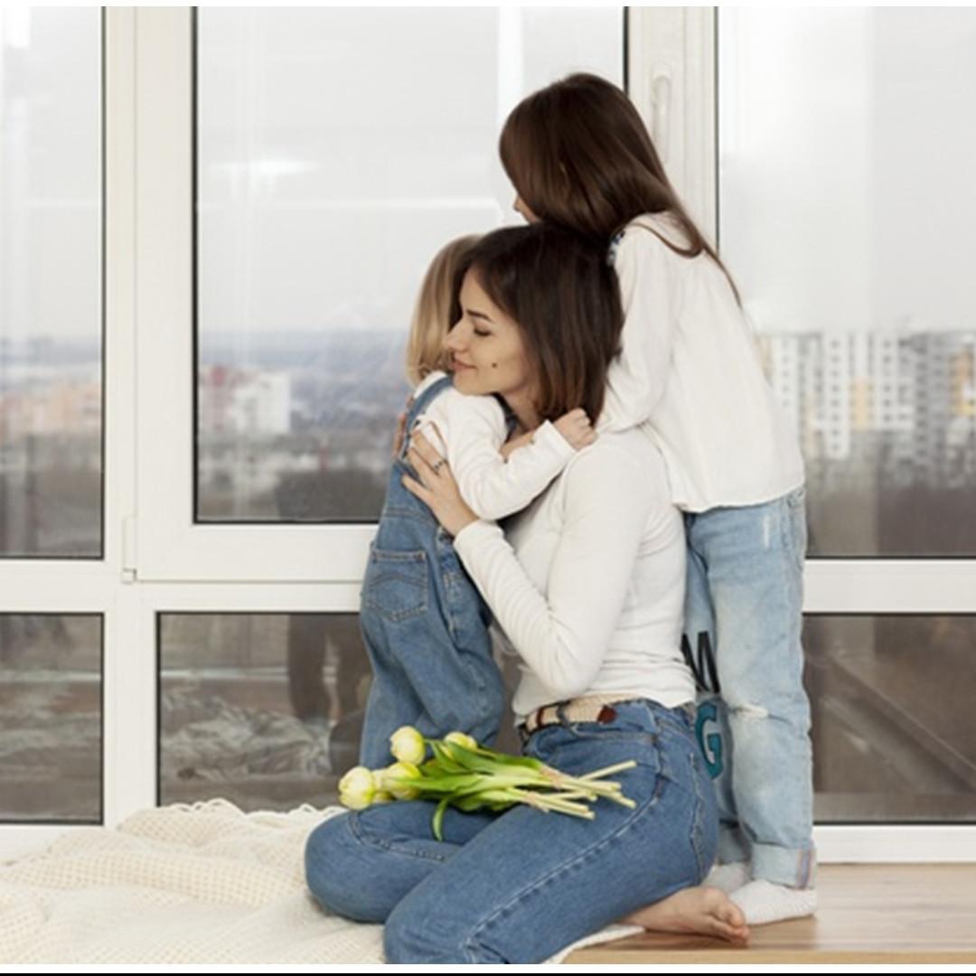 8 Cara mengatasi kepanikan pada anak yang takut corona