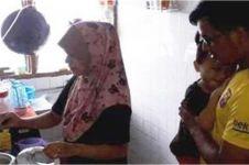 Kisah haru keluarga yang makan nasi & gula saat negaranya lockdown