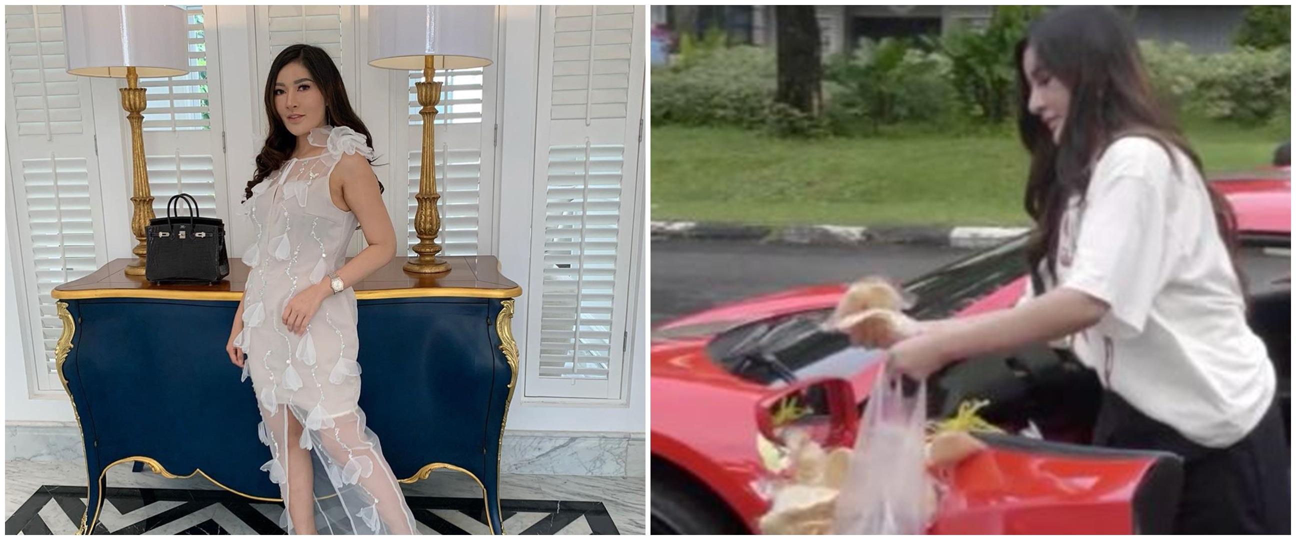 Ini sosok wanita cantik yang viral bagi makanan pakai Ferrari
