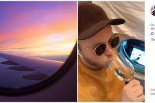 Viral Travel From Home, aksi parodi naik pesawat di rumah ini kocak