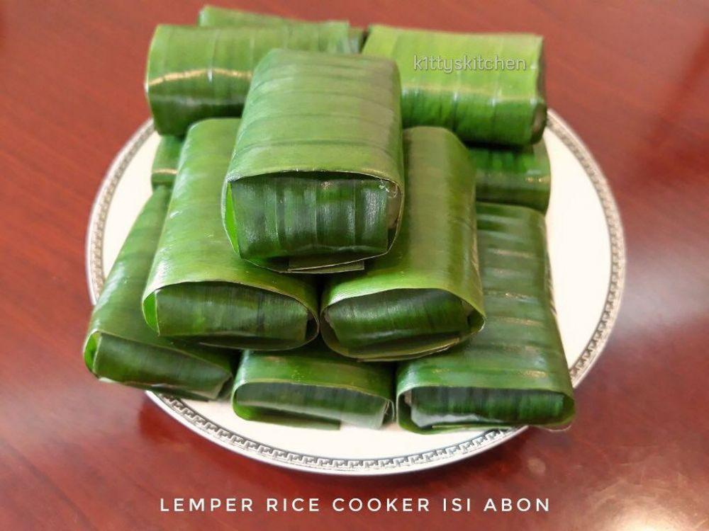 camilan menggunakan rice cooker © 2020 Instagram/@mayasefry ; Instagram/@luthfah_ummu_mumtazah