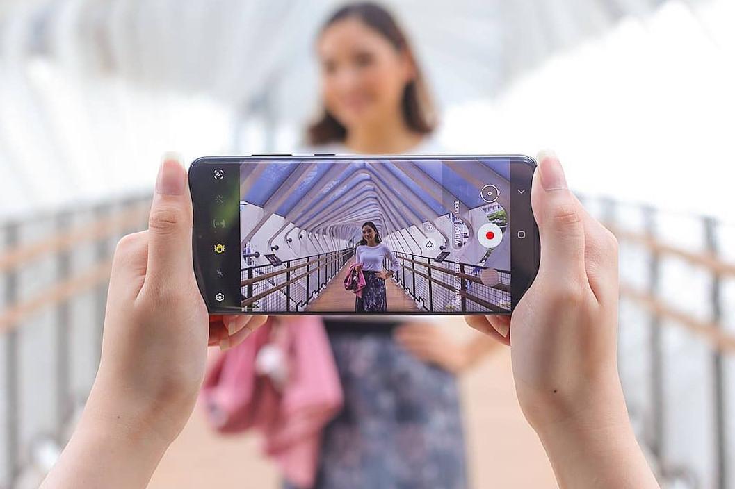 6 Fitur smartphone yang paling dicari oleh generasi milenial