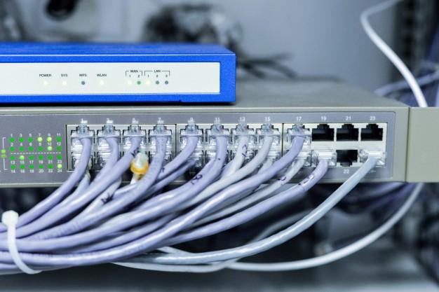 Macam-macam router freepik.com
