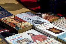 Pengertian, struktur dan manfaat teks biografi