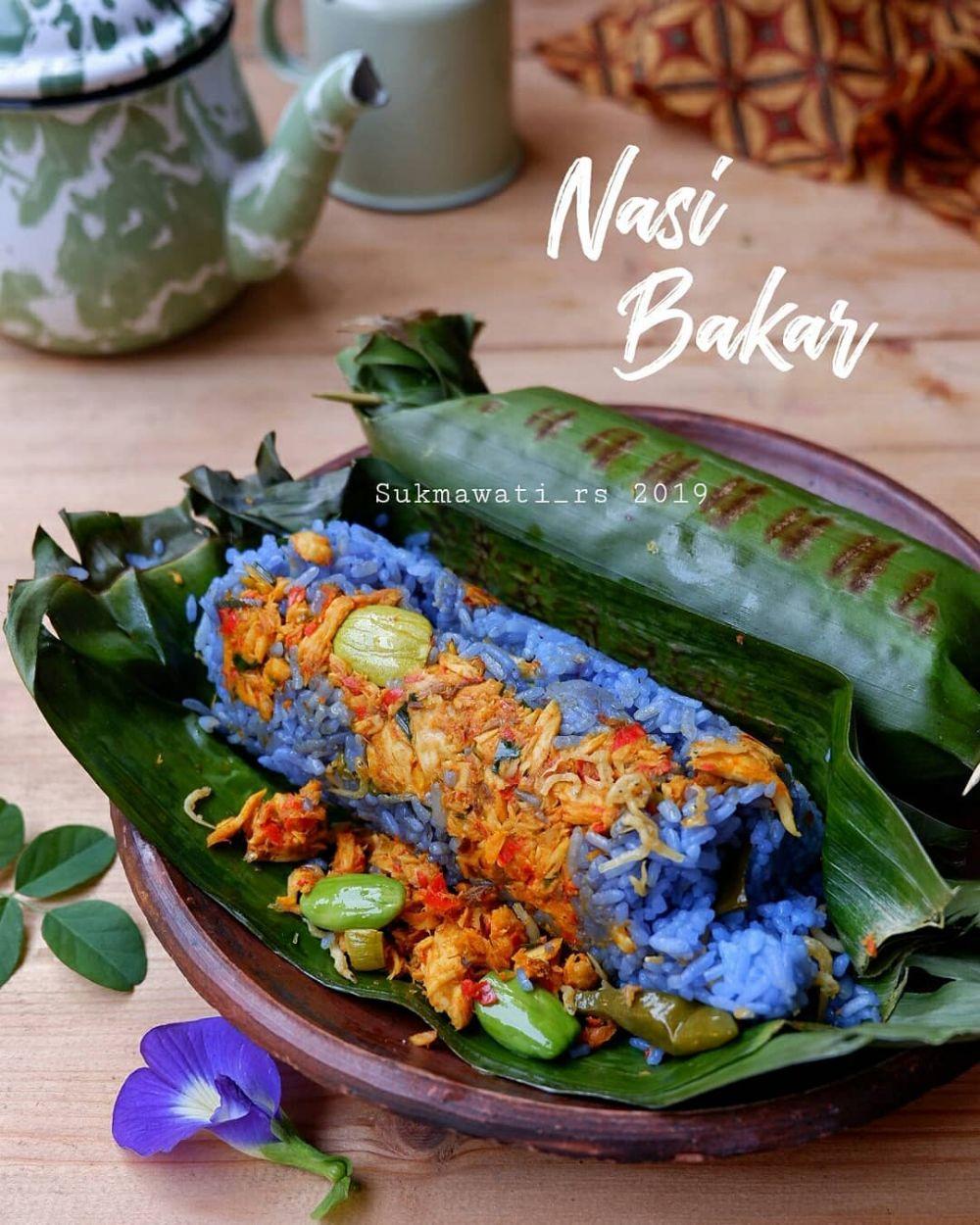 Resep nasi bakar spesial © 2020 Instagram/@dewi.yuliana23 ; Instagram/@laila_umi
