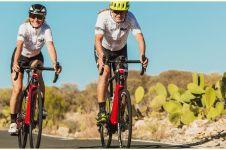 4 Manfaat bersepeda untuk perut, efektif dan nggak ribet
