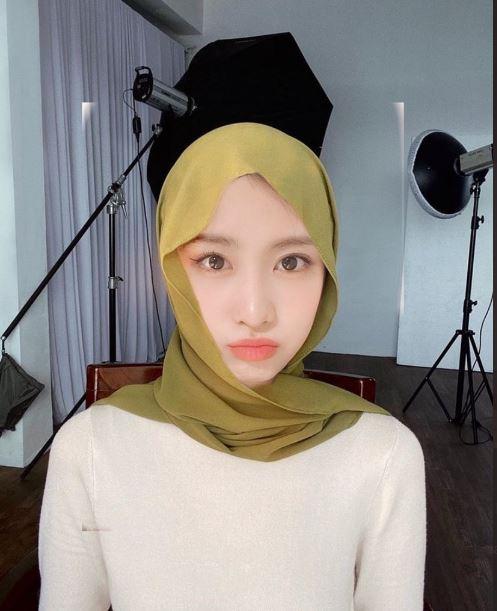 Twice pakai hijab Twitter