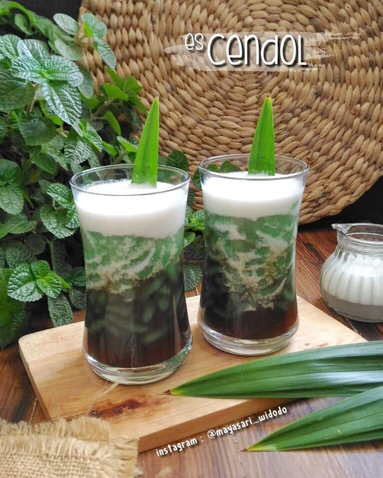 Resep minuman segar untuk buka puasa © 2020  Instagram/@banususanto ; Instagram/@dellasuzura