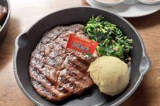 Tips membuat steak seenak di restoran ala Chef Gordon Ramsay
