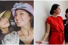 8 Momen kedekatan Nadine Chandrawinata dan ibu mertua, kompak