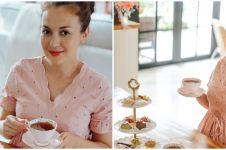 7 Momen baby shower virtual Rianti Cartwright, pesta seru minum teh