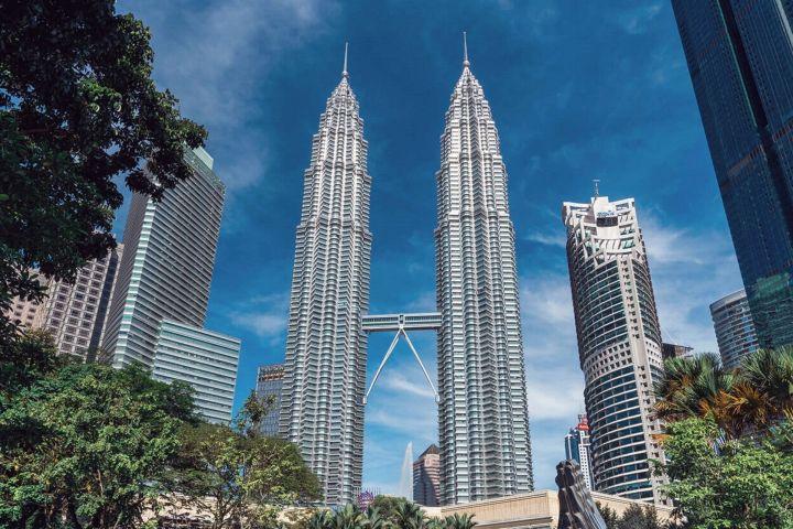 4 Tujuan favorit orang Indonesia di Malaysia untuk travel dan berobat