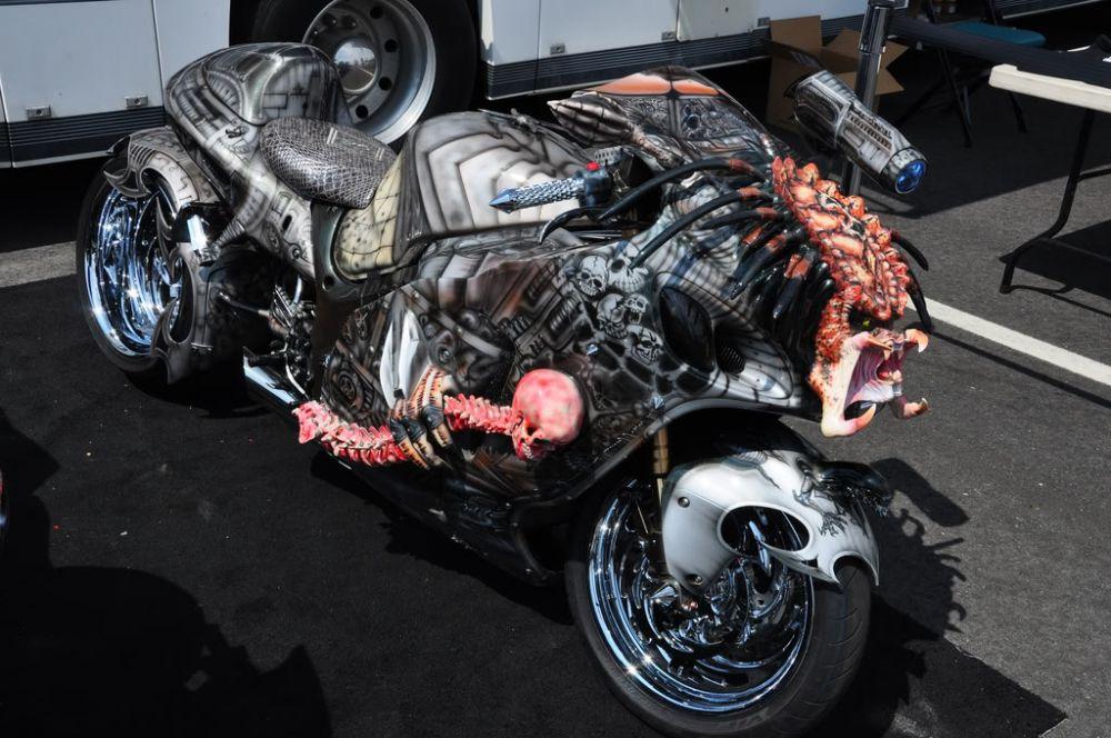 Modifikasi motor gede absurd Berbagai sumber