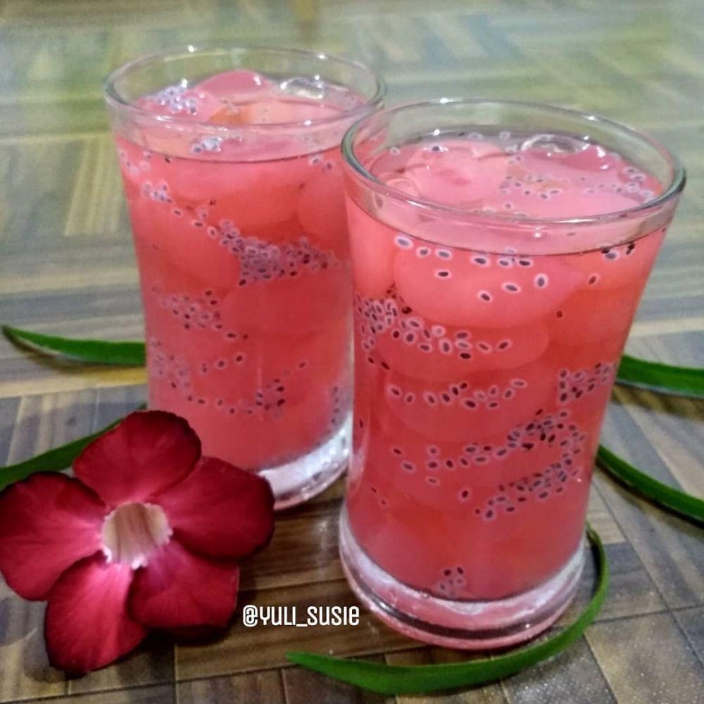 13 Resep minuman Lebaran © 2020 Instagram/@dellasuzura ; Instagram/@resep_kue_dan_masakan
