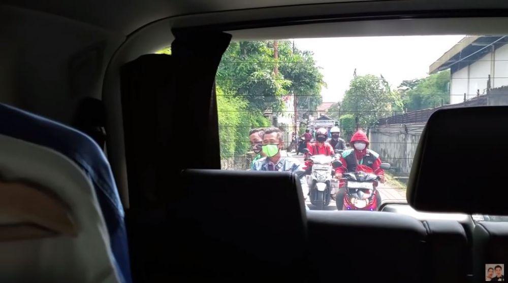 baim wong dicegat di jalan © 2020 brilio.net
