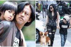 8 Momen Epy Kusnandar & keluarga, paras istri curi perhatian
