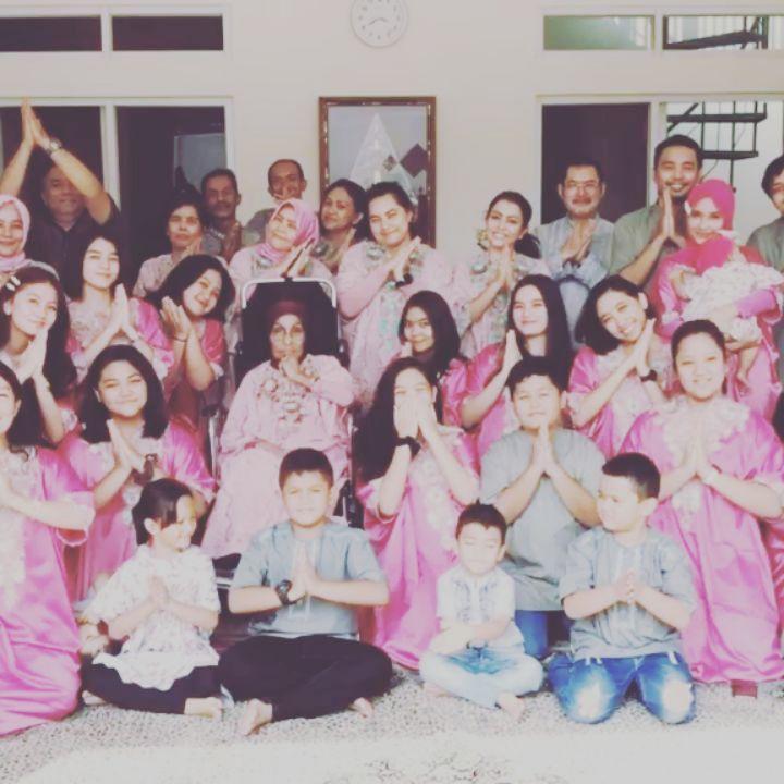 Mayangsari dan ibunda instagram