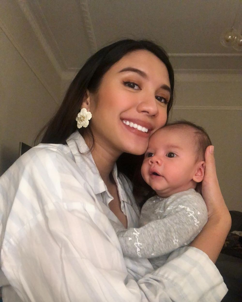 momen acha sinaga momong anak instagram