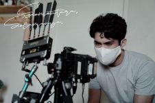 Pengalaman Reza Rahadian pertama kali sutradarai sebuah miniseri