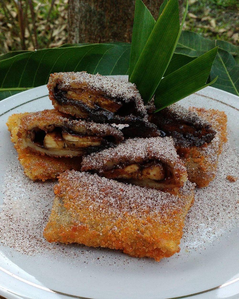 resep pisang cokelat © 2020 brilio.net Instagram/@antilapar.id ;  Instagram/@dessivilast