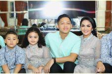 7 Momen kebersamaan Krisdayanti dan 8 anaknya, hangat