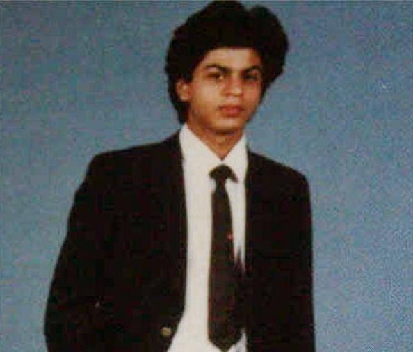 Shah Rukh Khan masa muda  berbagai sumber