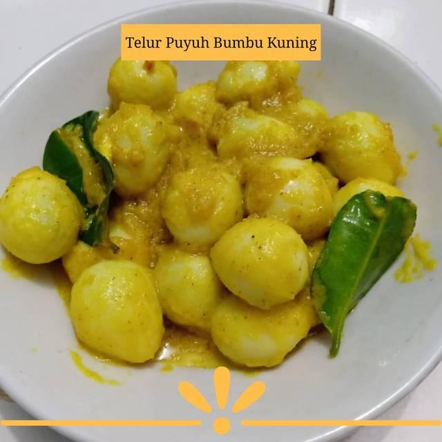 Resep sayur bumbu kuning © 2020 brilio.net Instagram/@yoanitasavit  ; Instagram/@armithaap