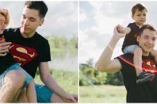 8 Gaya pemotretan Stefan William dan baby Lucio di Bali