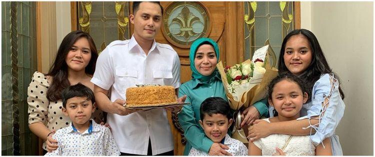 6 Momen ulang tahun Muzdalifah, sederhana bareng keluarga