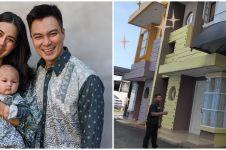 9 Potret rumah baru Baim Wong untuk karyawan, suasananya cozy