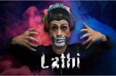 Viral aksi Didik Nini Thowok ikut Lathi Challenge, keren banget