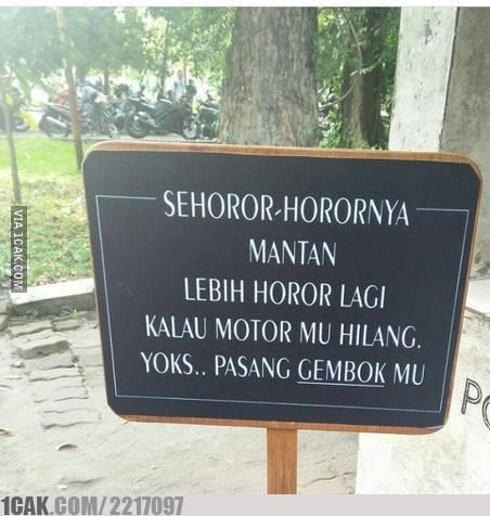 Meme horor ala orang Indonesia berbagai sumber