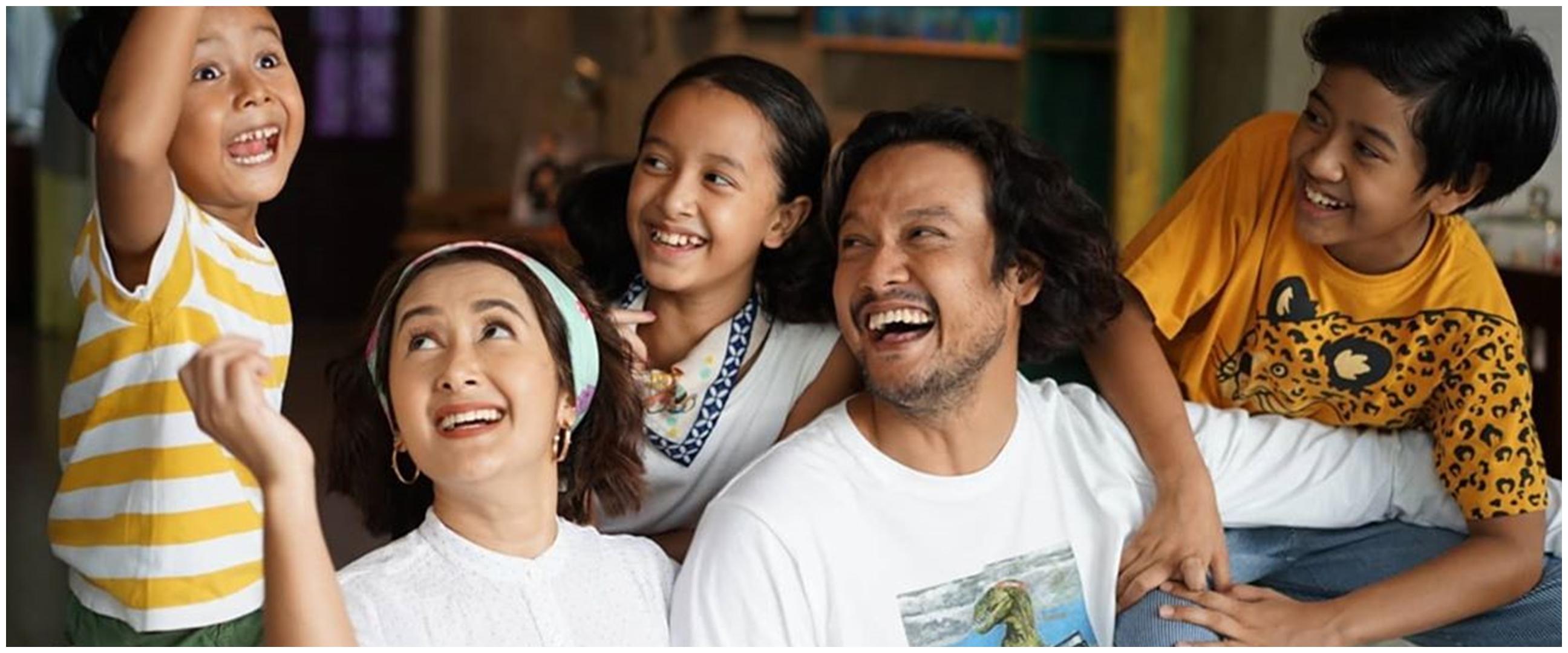 Widi Mulia unggah potret Dwi Sasono serta ungkap isi hati anak-anaknya